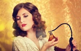 Tìm hiểu về độ BÁM và TỎA của nước hoa